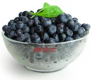 Fresh bowl of acai berries - know that you cannot eat acai berries whole.  Only the skin is used.